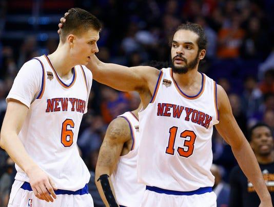 636172658686490218-Knicks-Suns-Basketbal-njha.jpg