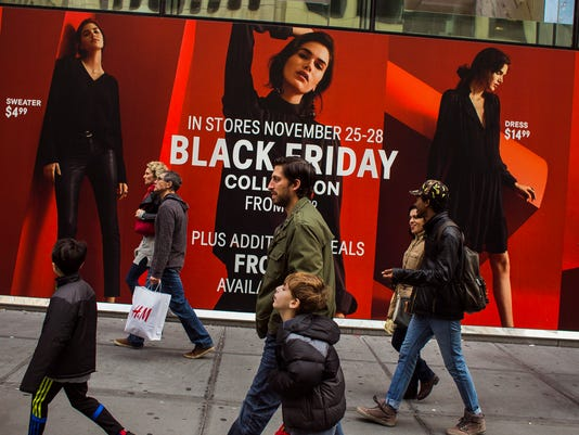 AP APTOPIX HOLIDAY SHOPPING BLACK FRIDAY F A USA NY