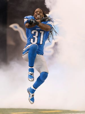 Detroit Lions cornerback Rashean Mathis has signed a 2-year deal to remain with the team.