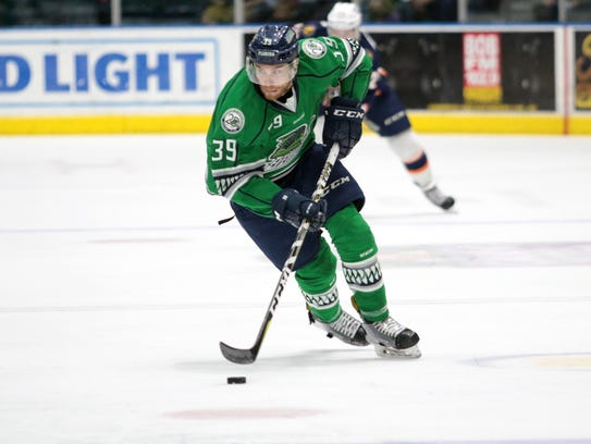 Joe Cox skates up the ice during the Florida Everblades