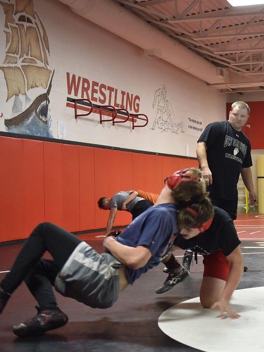 DCA 1203 stbay wrestling practice