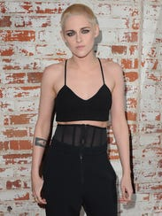 Kristen Stewart unveiled her short platinum hair at