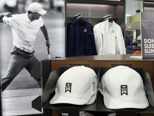 she_n_PGA_merchandise_0805_gck-25