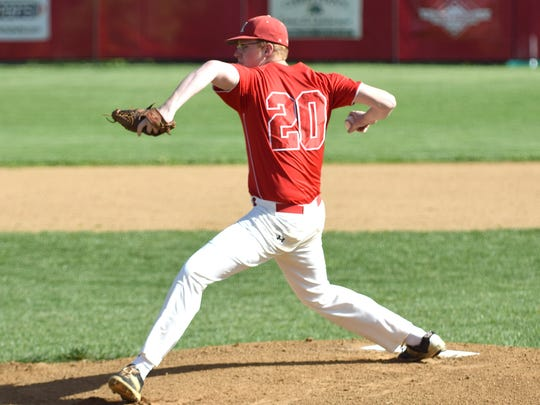 Riverheads' Austin Craft delivers a pitch in the first