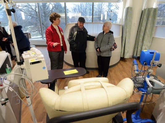 zan 1117 cancer center opens 01.JPG