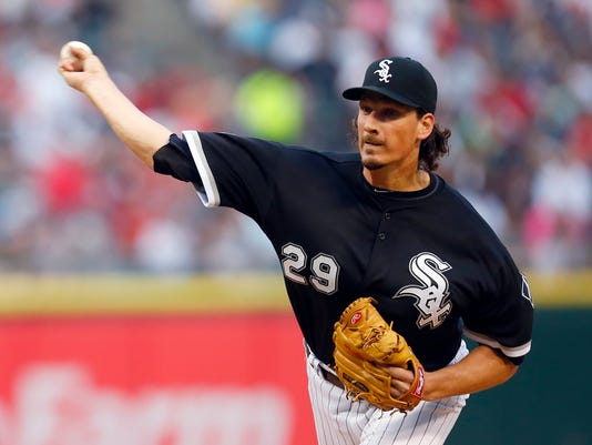 Chicago White Sox starting pitcher Jeff Samardzija (29) delivers a pitch during the second inning of a baseball game against the Pittsburgh Pirates in Chicago, on Thursday, June 18, 2015. (AP Photo/Jeff Haynes)
