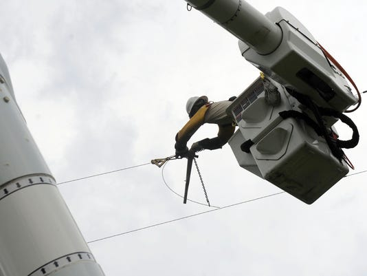 Working to Restore Power 07/01