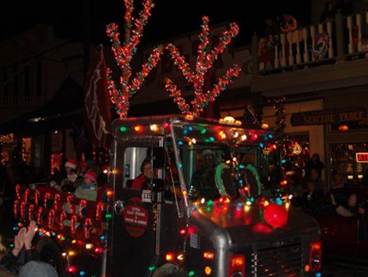 635836431197729087-Christmas-on-the-Comstock.jpg