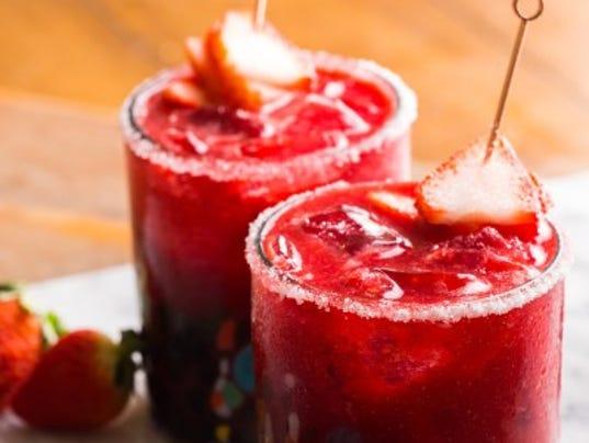 636548909137794542-Strawberry-raspberry-margarita-vianneyrodriguez-sweetlifebake.jpg