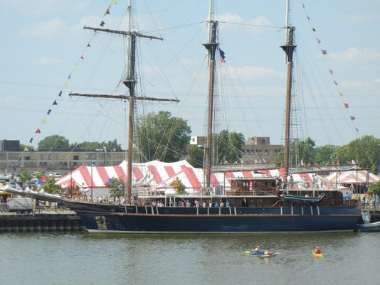 Photo -- tall ship