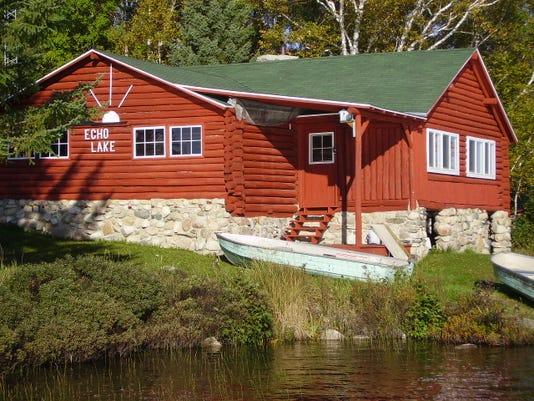 04.12.15 - Echo Lake Lodge.JPG