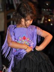También participarán niños con los bailes españoles.