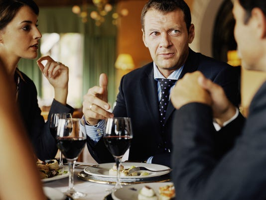 082914business-lunch