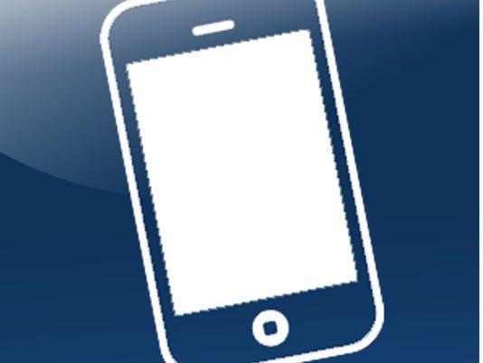 635754000985374151-phone