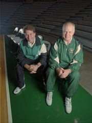 MSU coach Jud Heathcote, right, and then-assistant Tom Izzo on Oct. 19, 1994.