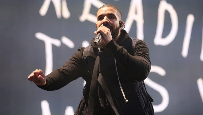 Drake had a very, very successful 2015.