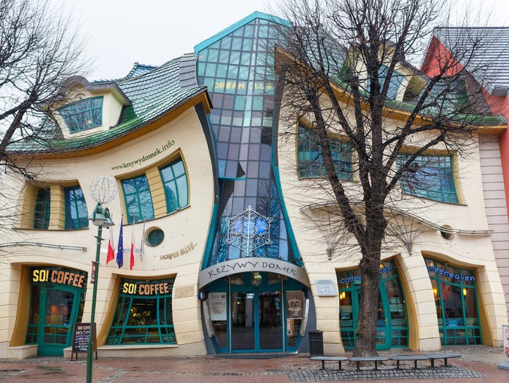 The Crooked House, Monte Cassino, Poland: As if to