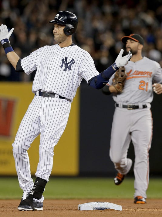 CINCpt_09-26-2014_Enquirer_1_C006--2014-09-25-IMG_Orioles_Yankees_Base_2_1_9