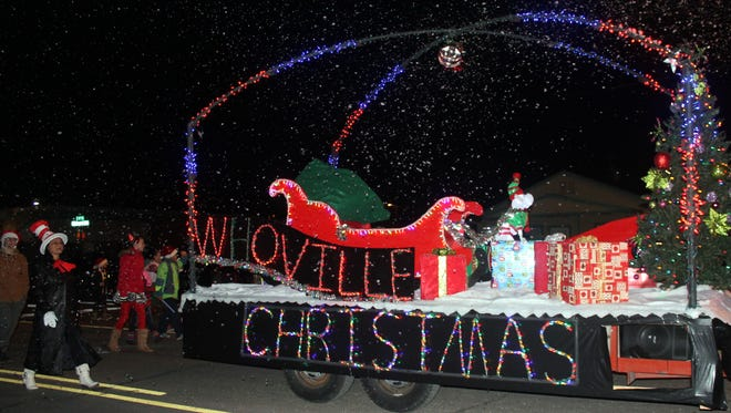 Alamogordo residents gathered on 10th Street to watch the annual Christmas Parade of Lights. Otero STEM's float, with a snow machine, was one of many bright floats popular amongst the crowd.