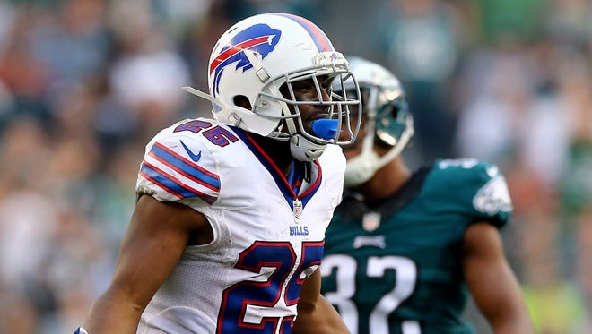 LeSean McCoy #25 of the Buffalo Bills reacts to a holding call against the Bills in the fourth quarter against the Philadelphia Eagles at Lincoln Financial Field.