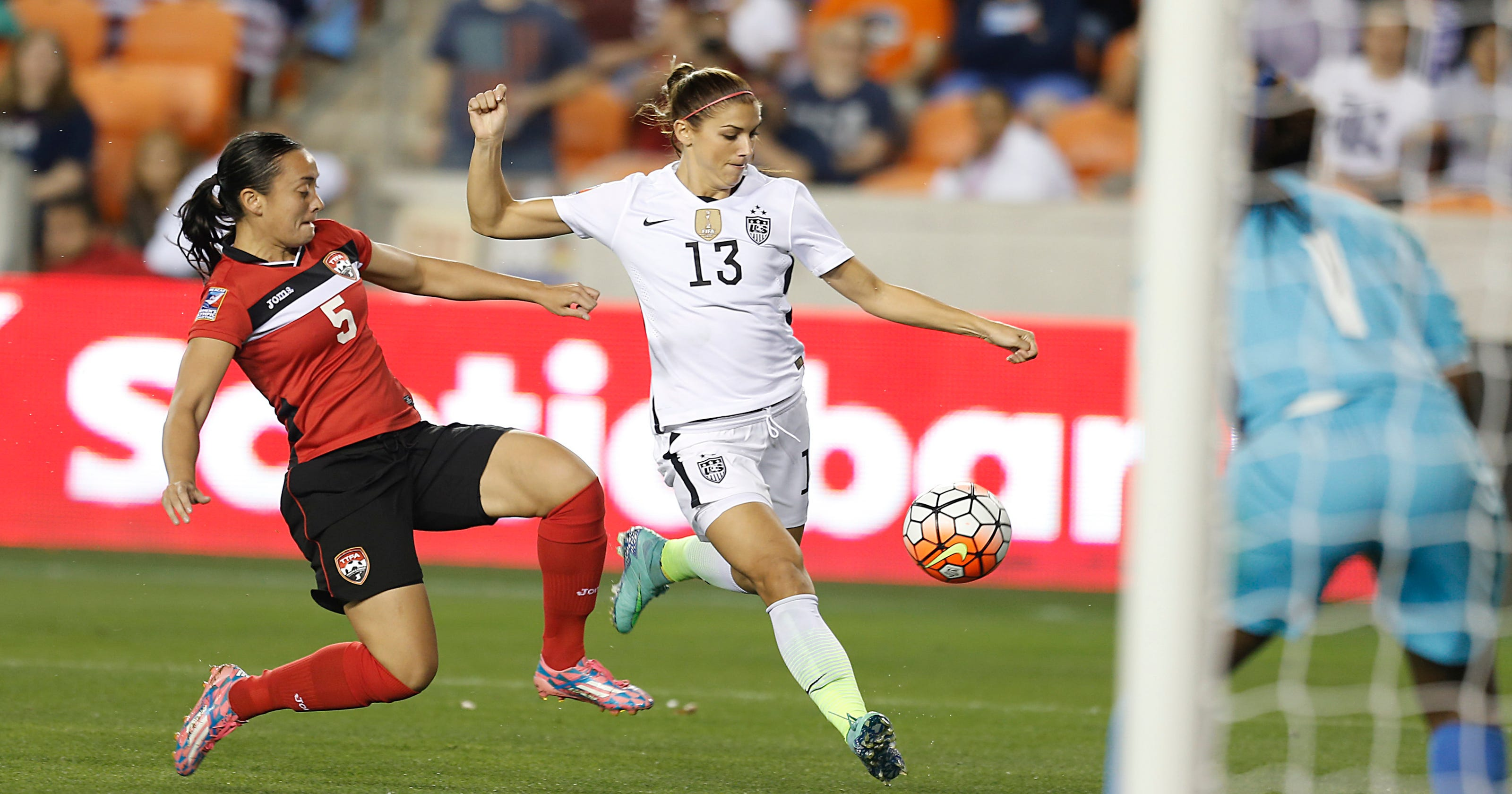 5db0b51b36e Alex Morgan leads U.S. women's national team to Olympics berth