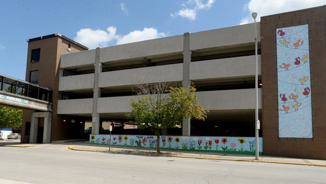 The public parking garage between Seventh and Eighth streets in Richmond is seen Aug. 20, 2015