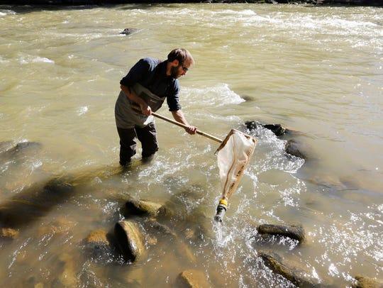 Scott Roberts, an aquatic biologist with Mountain Studies