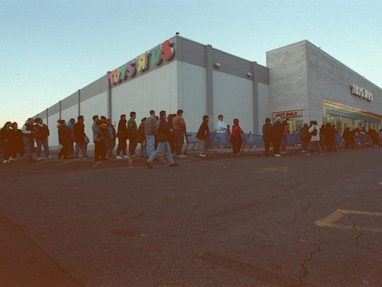 The Route 4 Toys R Us as it looked 20 years ago, in 1998, as customers waited outside on Black Friday.