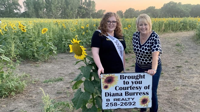 Sierra Marie Bonn, Miss Southwest, with Diana Burress.  Bonn first learned of the sunflower field when she represented the community as Miss Augusta 2019.