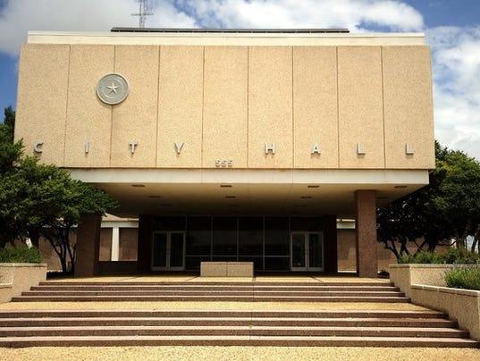 #ARNgenAbi-cityhall.jpg