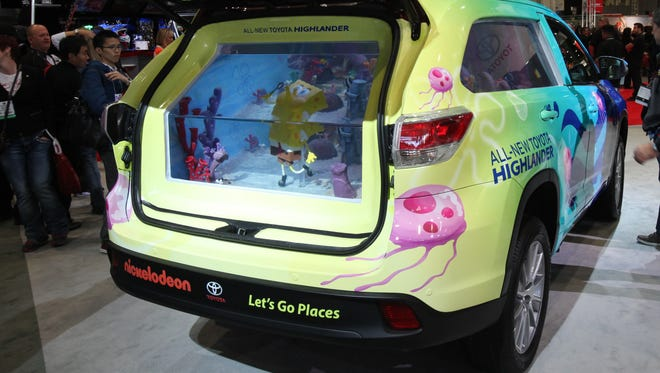 Toyota displayed a SpongeBob SquarePants-themed Highlander complete with an aquarium featuring the characters from the beloved Nicklelodeon cartoon