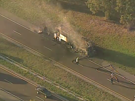 Florida Highway Patrol Traffic >> Westbound S.R. 528 closed for bus fire