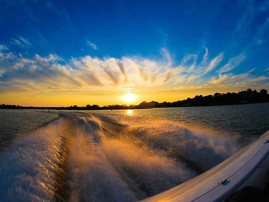 636138701051539564-LakeNasworthy-BoatWakeSunset.jpg