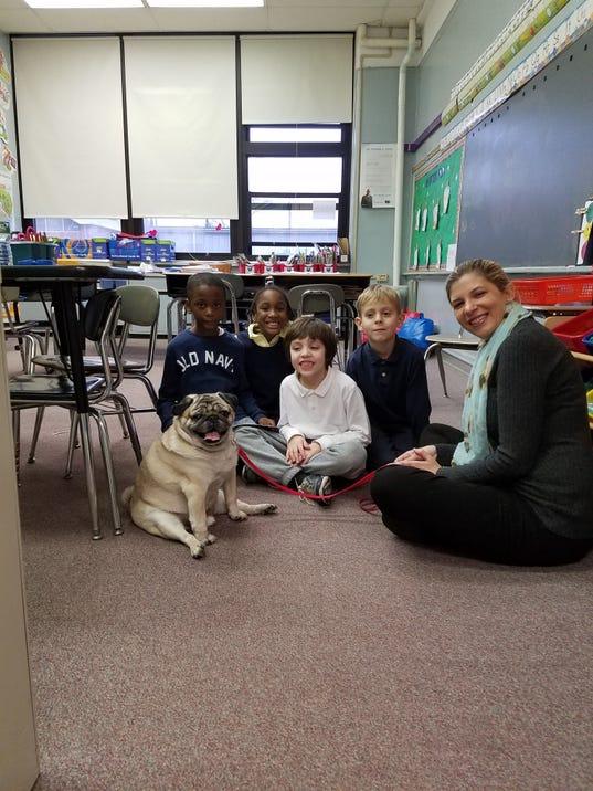 Linden School No. 6 Therapy dog