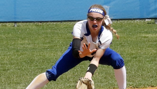 Kendal Cook of Horseheads fields a grounder Wednesday during the Blue Raiders' 5-4 win over Elmira in Horseheads.