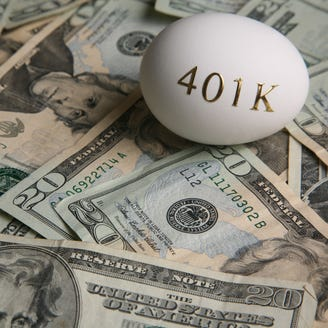 """Should I """"max out"""" my 401(k) contributions in 2018? Ask a Fool"""