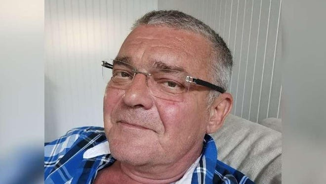 Peter Szabo of Hypoluxo died March 27, 2020, of COVID-19, the ailment caused by the coronavirus.