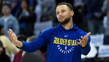 Steph Curry wore Kentucky jersey at practice after losing bet
