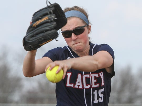 Toms River,   NJ     Lacey at Toms River HS North girls softball:Lacey pitcher Tara Flavin.041715  Photo: Tom Spader
