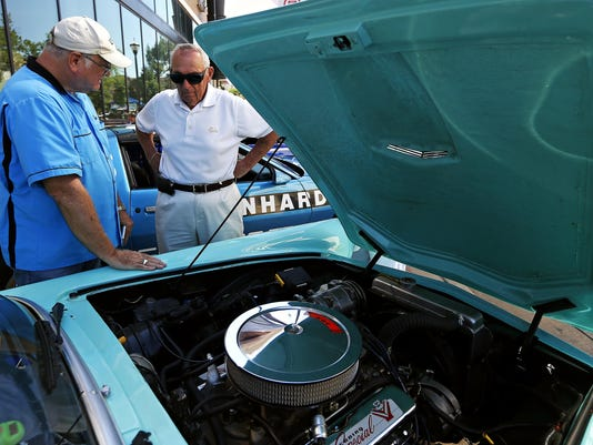 Hernandez_Route66CarShow_06