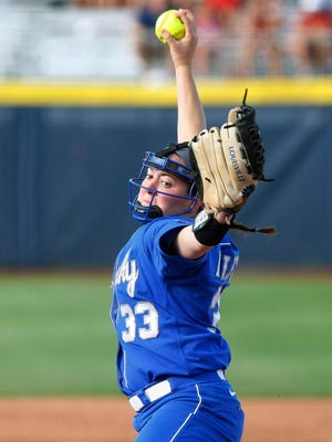 Kentucky's Kelsey Nunley pitches against Louisiana-Lafayette during the first inning of an NCAA Women's College World Series softball tournament game in Oklahoma City, Thursday, May 29, 2014. (AP Photo/Alonzo Adams)