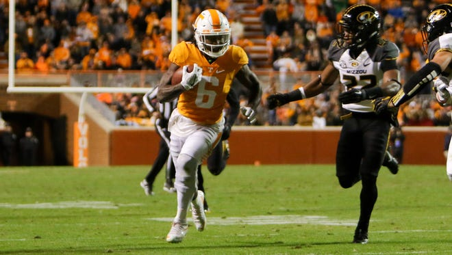 Tennessee Volunteers running back Alvin Kamara (6) could help the Bengals backfield.
