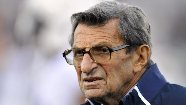 A group is looking to have a statue built in honor of the late Joe Paterno .