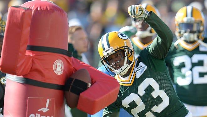 Packers cornerback Damarious Randall (23) runs a drill during training camp practice.