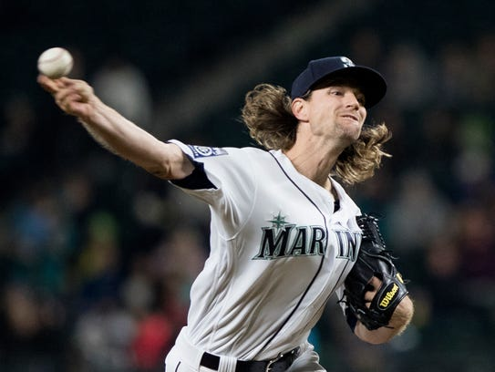 Mike Leake looked like a solid third starter after