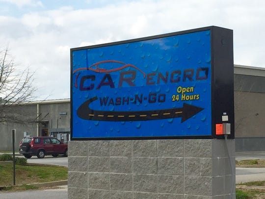 This is the sign for the CARencro Wash-N-Go in Carencro