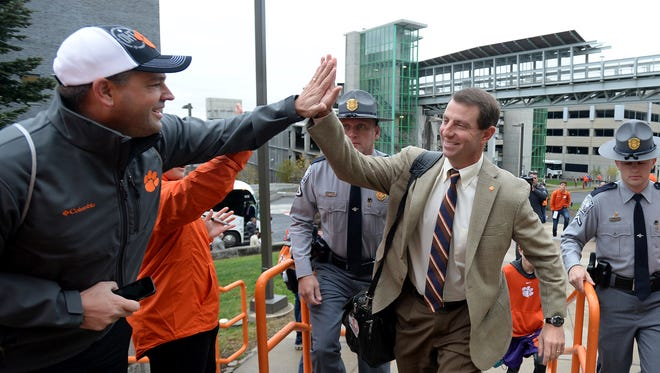 Clemson arrives at the Carrier Dome in Syracuse, N.Y., Saturday.