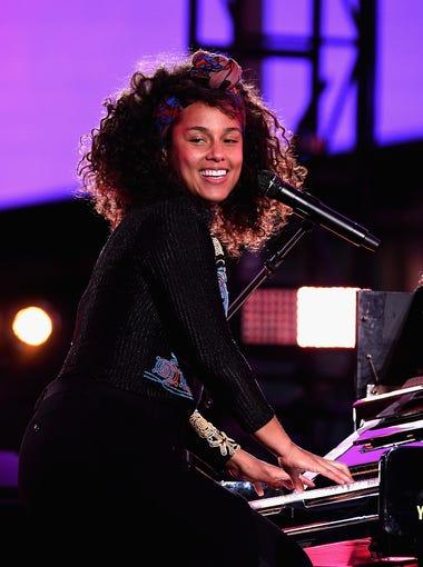 Grammy Award winner Alicia Keys owns a mansion in Phoenix.
