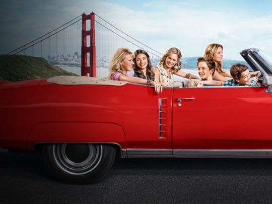 "The cast of ""Fuller House"" drives through San Francisco."