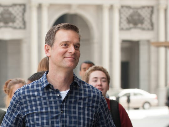 Adam Braverman (Peter Krause) has come a long way during
